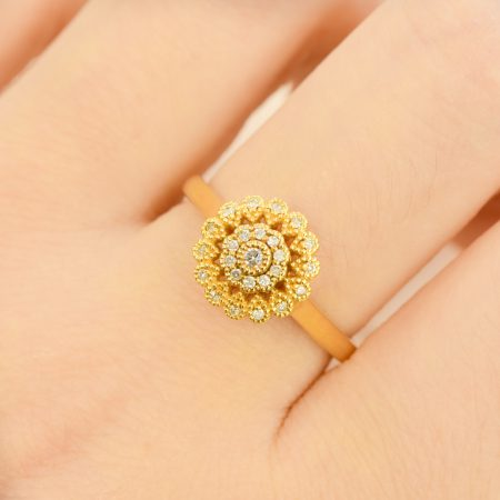Diamond Cluster Ring 18K Gold Antique Design