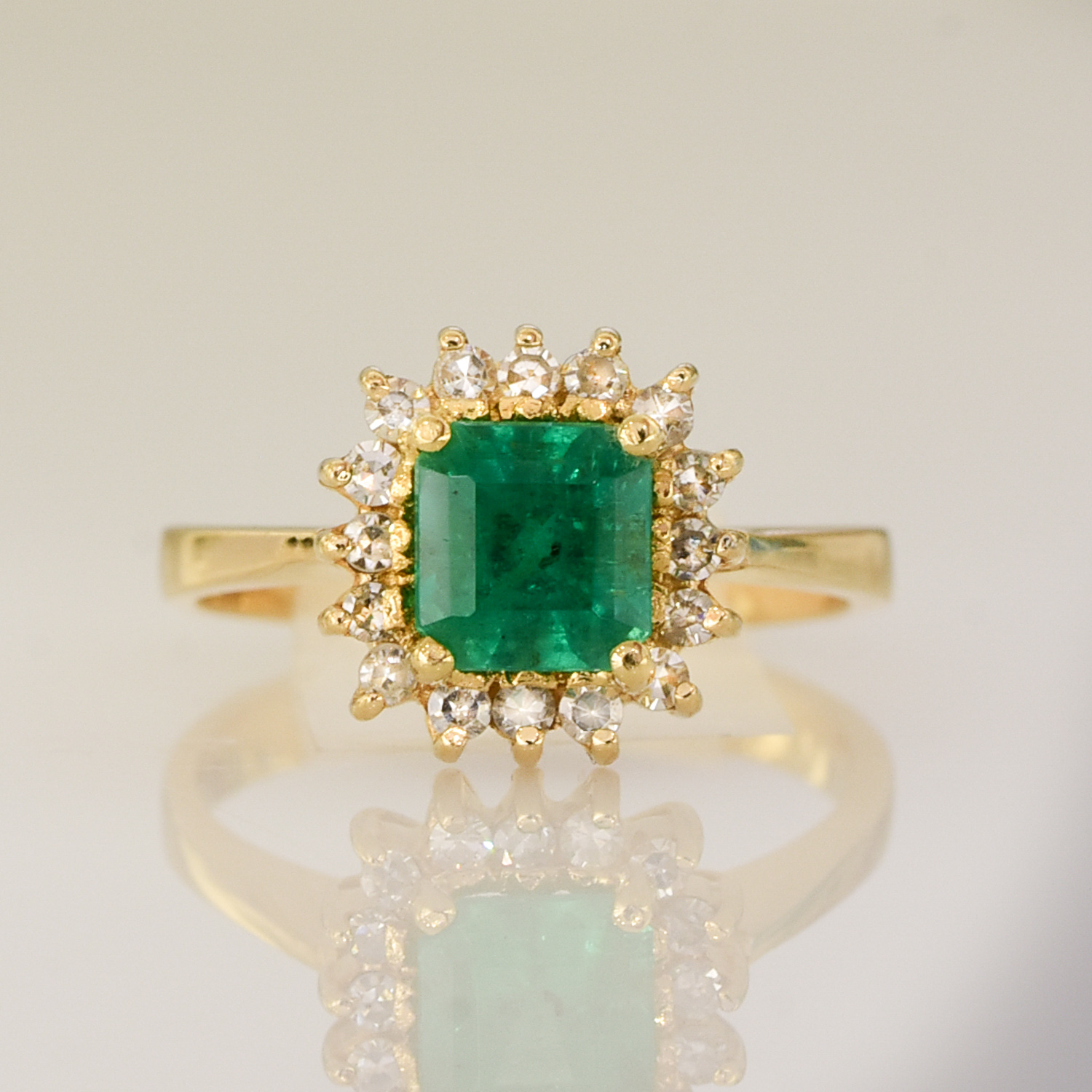 colombian emerald halo ring 198222
