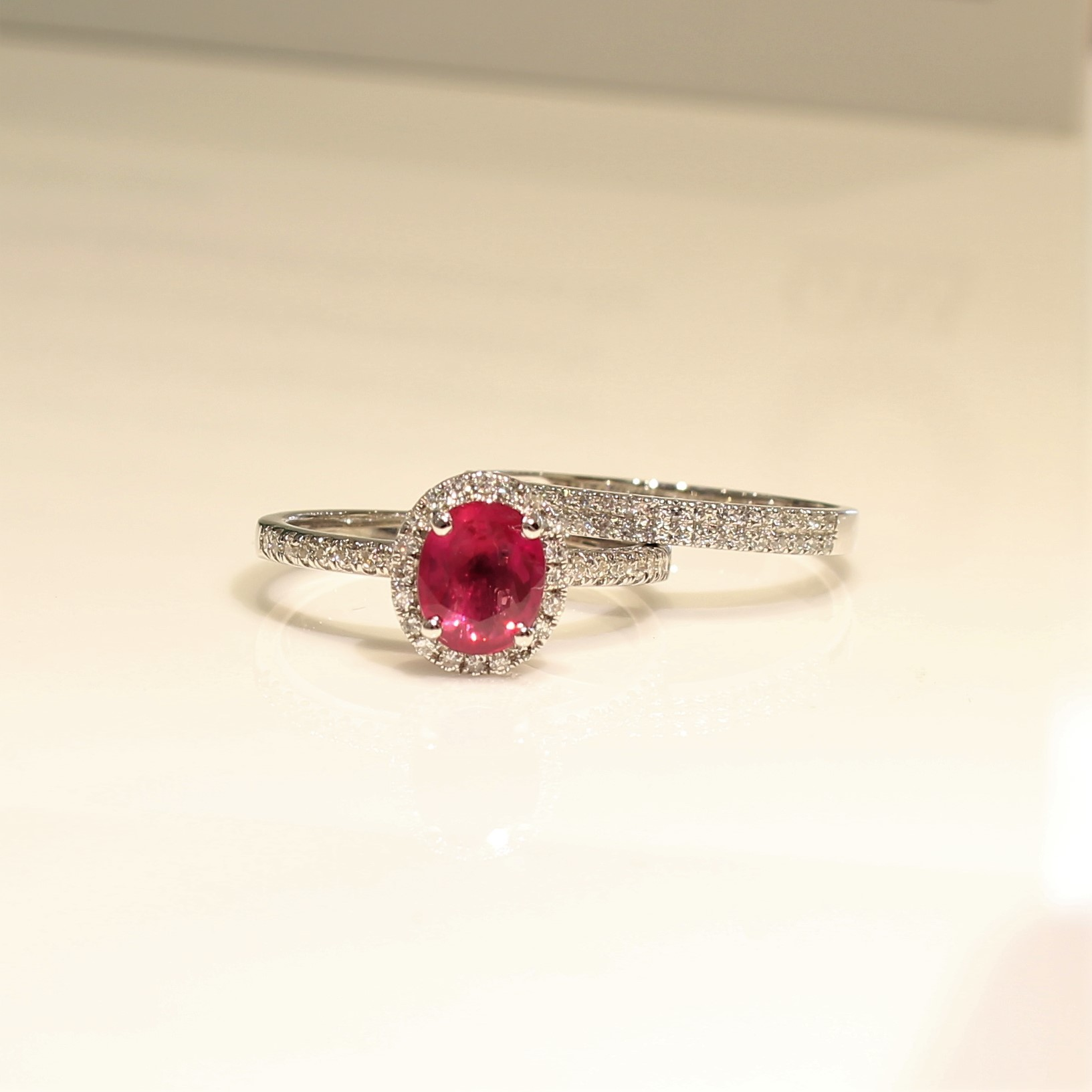 18K White Gold Ruby diamond Ring.