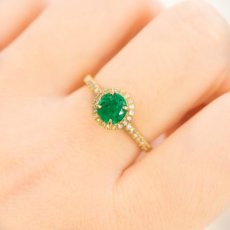 Colombian Emerald Diamond Halo Ring 18K Gold