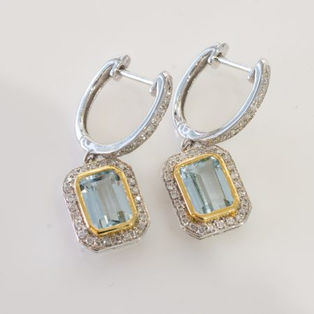 Aquamarine Diamonds Dangle Earrings 18K Gold.