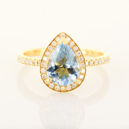 Aquamarine Diamond Halo Engagement Ring in 18k Gold