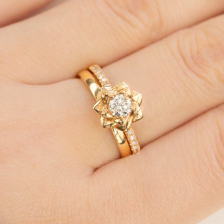 18K Rose Gold Diamond Engagement Ring and Wedding Band