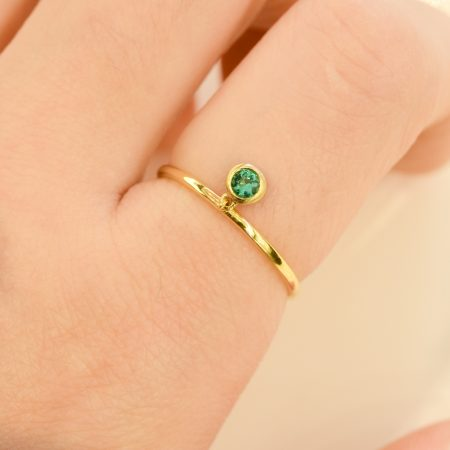 Natural Colombian Emerald Dangle Ring in 18k Gold