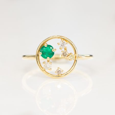Minimalist Ring Colombian Emerald and Diamond 18K Gold