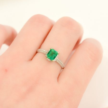 1.30tct Colombian Emerald and Micro-Pave Diamonds Halo Ring