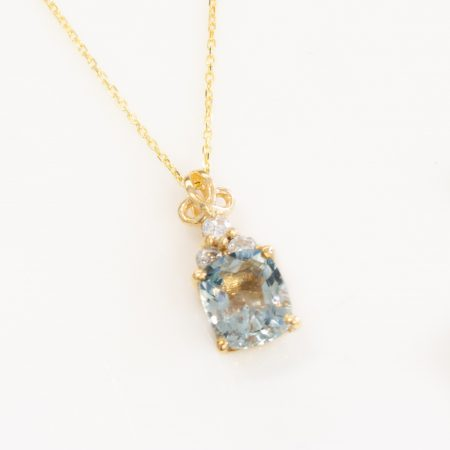 Cushion Aquamarine Diamond Solitaire Pendant Necklace 18K Yellow Gold