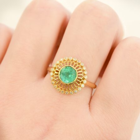 18K Gold Colombian Emerald Ring with Open Diamond Halo