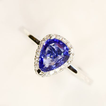 18K White Gold Natural Tanzanite Diamond Halo Engagement Ring