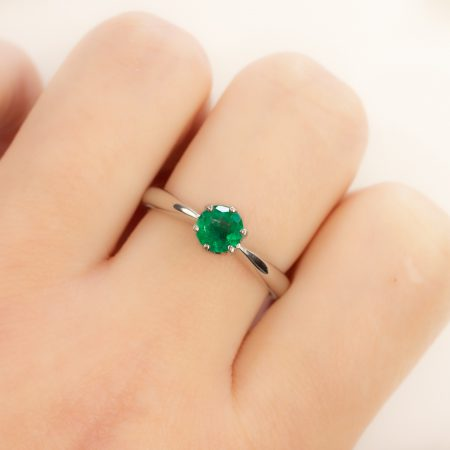 Solitaire Colombian Emerald Ring in Platinum
