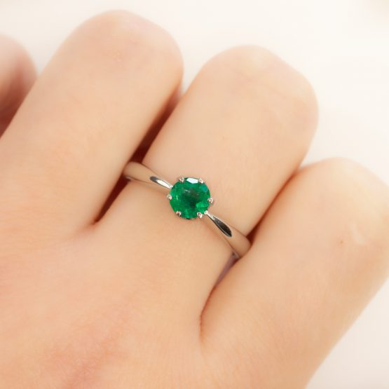 solitaire colombian emerald platinum ring 1982251-1