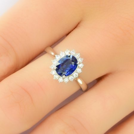Royal Vivid Blue Sapphire & Diamond Ring 18k Gold Diana Inspired Design