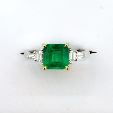 1.8 Carats Natural Colombian Emerald and Diamond Ring in Platinum