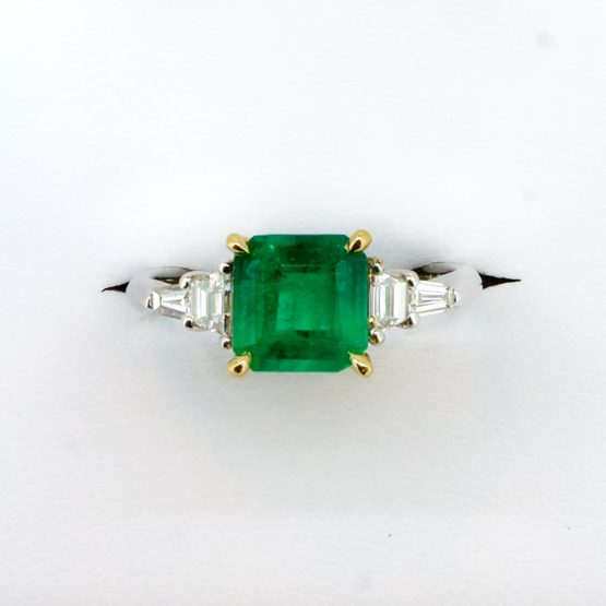 1.8 Carats Natural Colombian Emerald and Diamond Ring in Platinum - 1982341-4