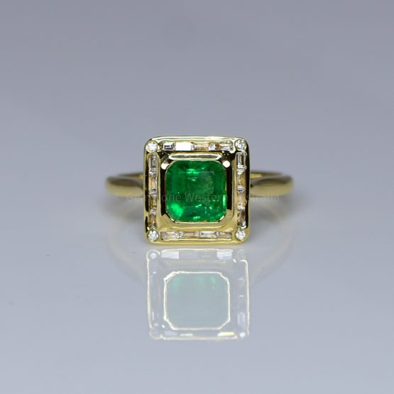 Emerald Cut Colombian Emerald and Diamond Ring in 18K Gold - 1982383-5