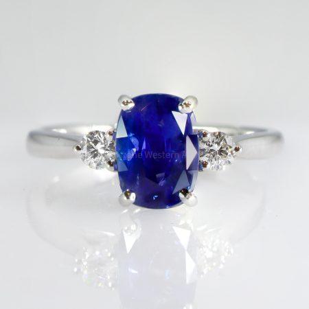 Royal Blue Ceylon Sapphire and Diamond Three Stone Ring 18K Gold