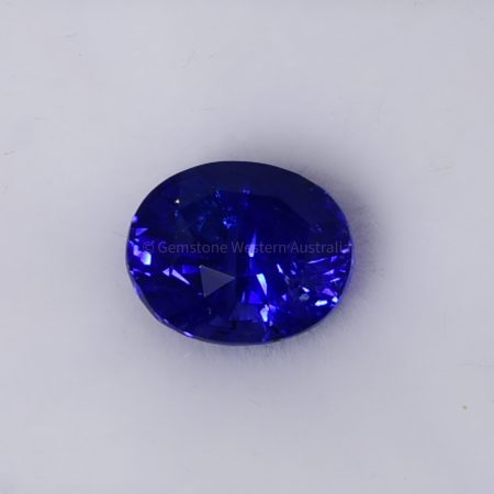 4.06 CT NATURAL UNHEATED BLUE SAPPHIRE OVAL CUT