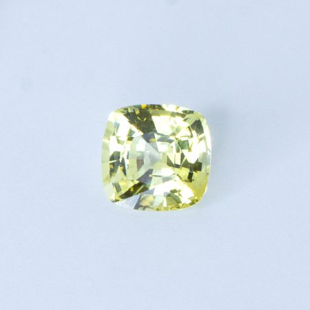 2.42 CT NATURAL YELLOW SAPPHIRE CUSHION SHAPE UNHEATED