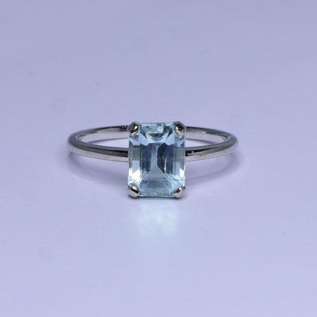 1.86ct Aquamarine Ring in White Gold - Natural Aquamarine
