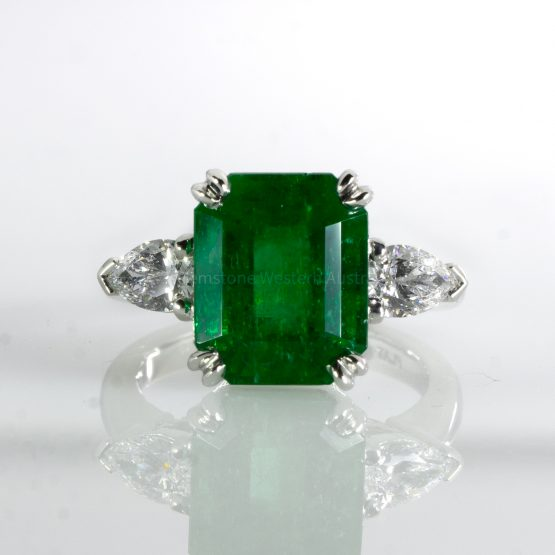 6.46 Carats Colombian Emerald and Diamond Statement Ring GIA Certified - 1982452