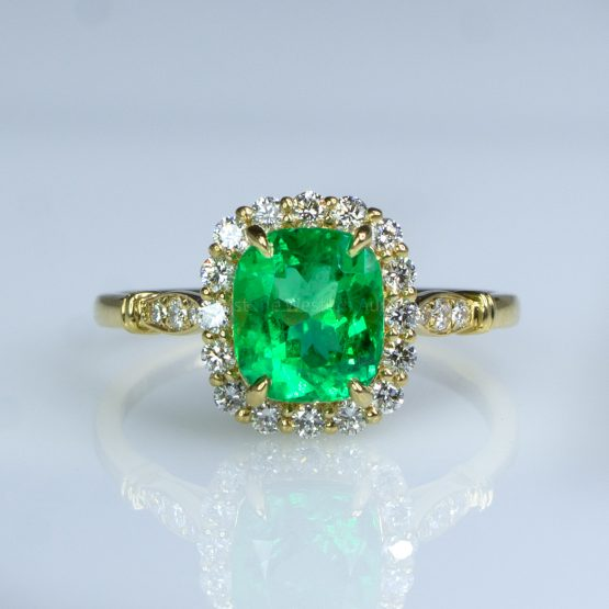 1.9ct Colombian Emerald Statement Ring in 18K Yellow Gold - 1982463