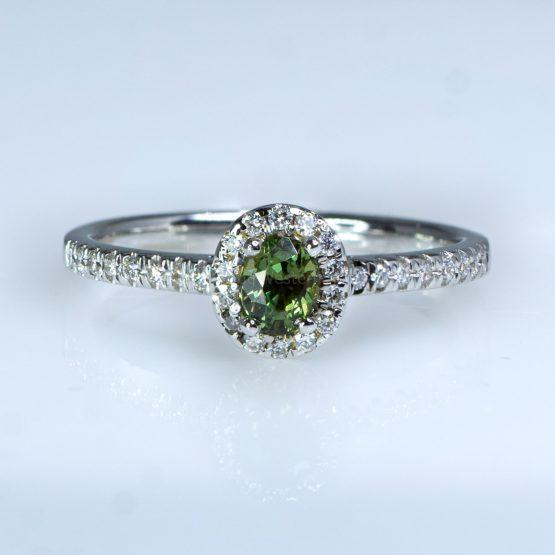Natural Alexandrite Diamond Halo Ring in 18 Carats Gold - 1982456