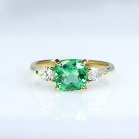 1.6 Carats Natural Colombian Emerald and Diamond Ring in 18K Gold
